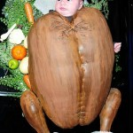bizarre - thanksgiving-costume -turkey-tori-spelling